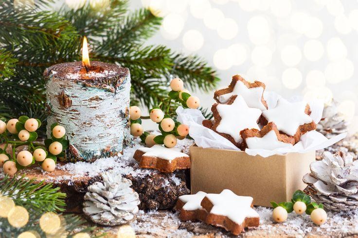 9 Christmas candles - 9 karácsonyi gyertya - Megaport Media