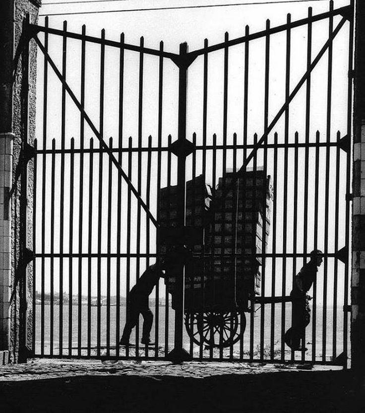 Eduardo Gageiro :: Cais do Sodré, Lisbon, 1967