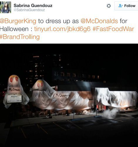 Burger King brilliantly mocks McDonald's for Halloween     - CNET  Technically Incorrect offers a slightly twisted take on the tech thats taken over our lives.  Enlarge Image  Art of the highest order.                                              Screenshot by Chris Matyszczyk/CNET                                           This may be the most stressful Halloween in history.   Whether youre choosing a superhero or alien-like costume youll first have to consider whether the bastions of…