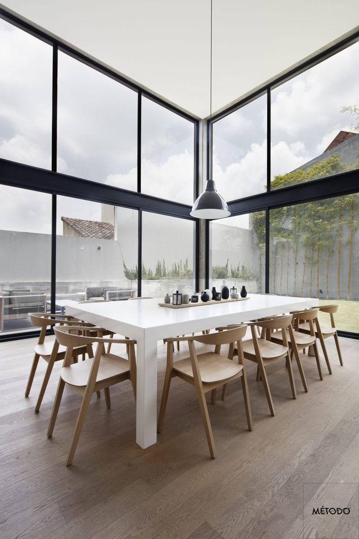 384 best des maisons de luxe images on pinterest. Black Bedroom Furniture Sets. Home Design Ideas