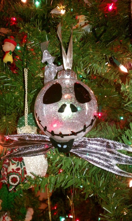 17 best images about nightmare before christmas - Jack skellington christmas decorations ...