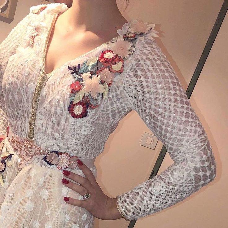 #takchita #caftan2018 #caftan #caftandress #caftanmarocain #caftans #caftaninspiration #weddingdress #wedding #weddingdecor #weddings #weddingday #weddingphoto #bridal #bridaldress #bridalparty #flowers #weddingflowers #dress #dressflower #robe #robedemariee #lille #france #bruxelle #fleure #love #beauty @caftan_inspiration #mode #chic