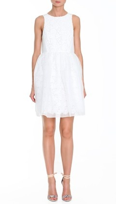 If u're looking 4 a white lace dress (wedding, graduation, just 'cause), this one from @TibiPR is the most perfect i've ever seen. Stunner!Dresses Wedding, Dresses Shops, Cocktails Dresses, Sacha Lace, White Lace Dresses, Nude Heels, Tibi Sacha, White Dresses, Chiffon Dresses