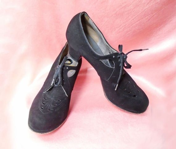 40s Shoes for Women - Black Suede Lace Up Oxfords - Low Chunky Heel - Vintage 40s Platform Shoes - Fancy Cutouts - Retro Swing Dance Shoes