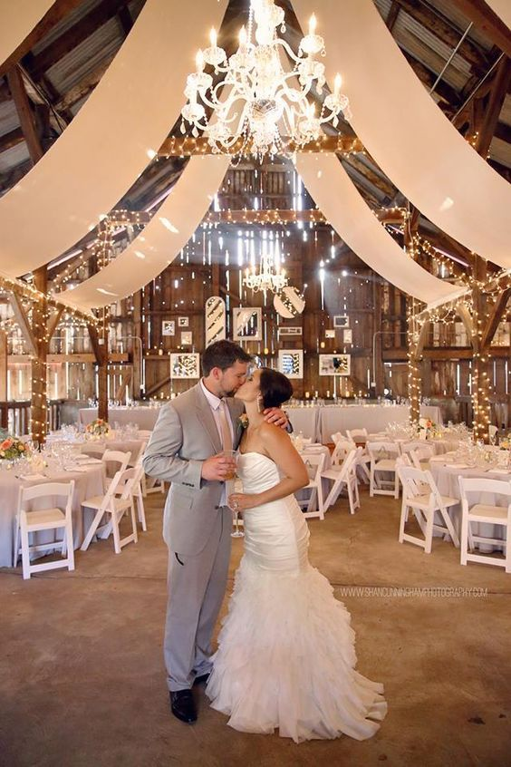 Exceptional Rustic Country Barn Wedding Decor