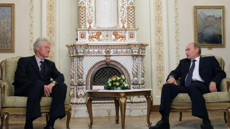 Bill Clinton Sought Clearance From Hillary To Meet Russian Officials, Ended Up At Putin's House
