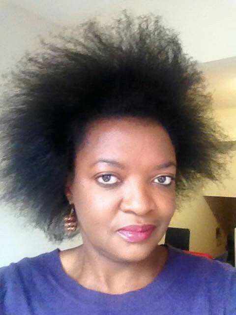 Heat free hair stretching with African thread