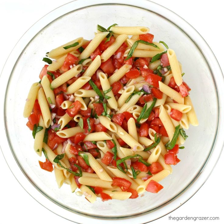 The Garden Grazer: Fresh Tomato Basil Pasta with Lemon & Garlic