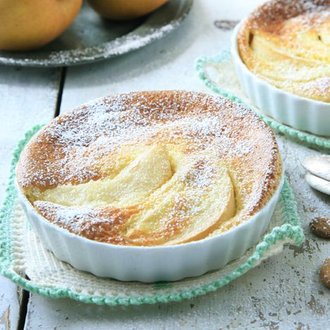 Recept på Päronkaka med mandeltäcke från - Hemmets Journal