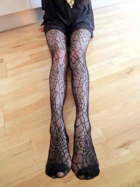 Flower tights. Just £5.99!! Buy 3 get 1 half price!! Buy 5 get 1 black tights for free!! Come to our market place at 20 john prince's st, london W1G 0BJ at 2 p.m on 5th June.