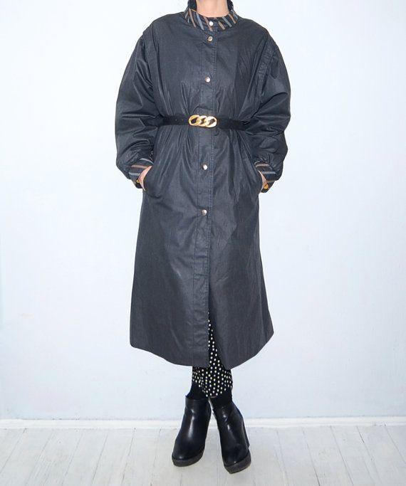 Vintage dark grey women #raincoat // trench // by #ZvezdanaVintage, $85.00