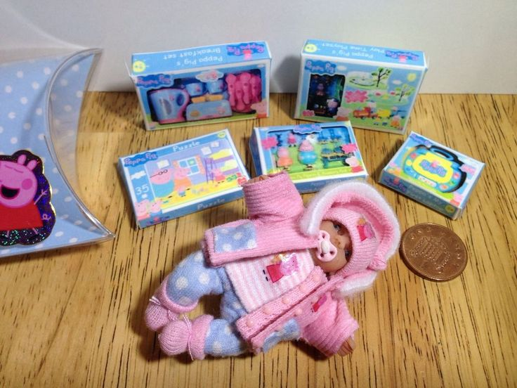 dolls house ooak sculpt baby girl, removable coat, Peppa Pig Toys 1/12 scale