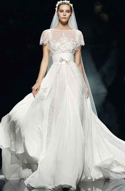 Elie Saab 2013 - a way to get the lacy look without using loads of lace (see insert vertical panels in skirt)