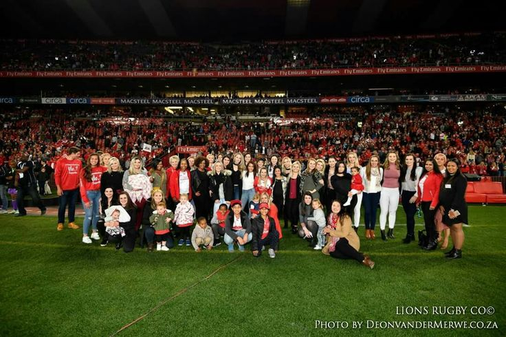 Vodacom Super Rugby final: Emirates Lions vs Crusaders.  #LeyaTheLion #Liontainment #SuperRugby #Final #LIOvCRU #EmiratesLions #Rugby #EmiratesAirlinePark #Johannesburg #FemaleMascot #Family #Team #Red #White #LionsPride #Lions