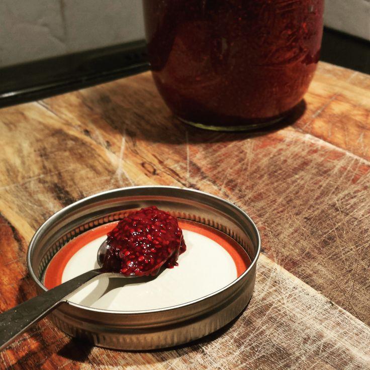 Confiture de chia aux petits fruits #recette #confiture #chia #graineschia #fruits #baies #sanssucre #sansgluten #vegan