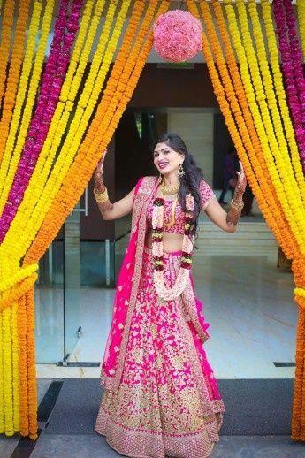 Pink and white Jaimala | my fairytale wedding | Indian ...