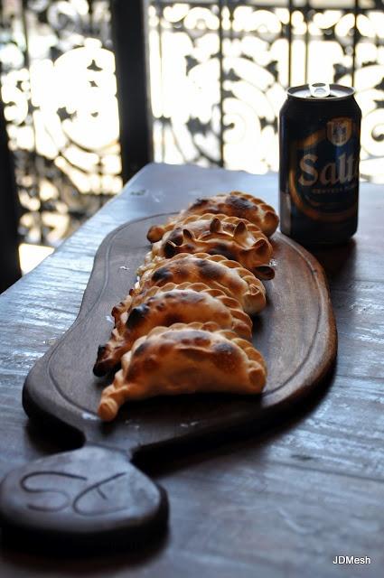 Empanadas SALTEÑAS! (Argentina)