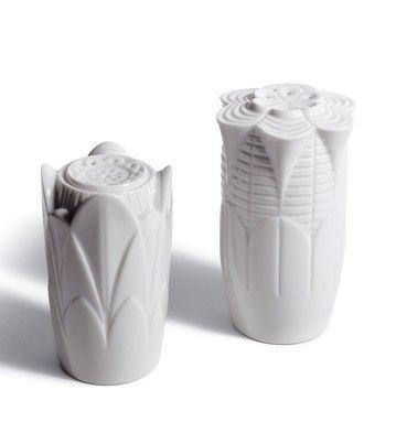 NATURO. -SALT & PEPPER SHAKERS(WHITE)