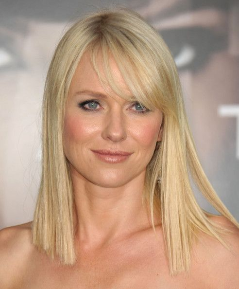 Hair Lookbook: Naomi Watts wearing Medium Straight Cut (31 of 53). The actress opted for a straight, shoulder-length look and we loved her sweet, side-swept bangs.