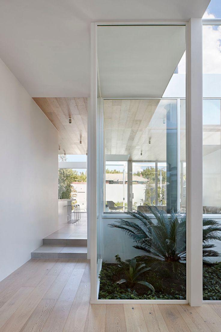 Robson Rak Architects The White House Courtyard Design Atrium Garden Atrium House