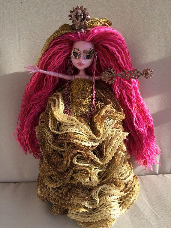 Miss Laura Steem - Bring home a sensational collectible one of a kind doll! Featuring fully rerooted and styled acrylic yarn hair, Miss Steem has a hand-painted make-up application, a clockwork arm and handcrafted accessories including a steampunk fascinator. Her hand-knit outfit