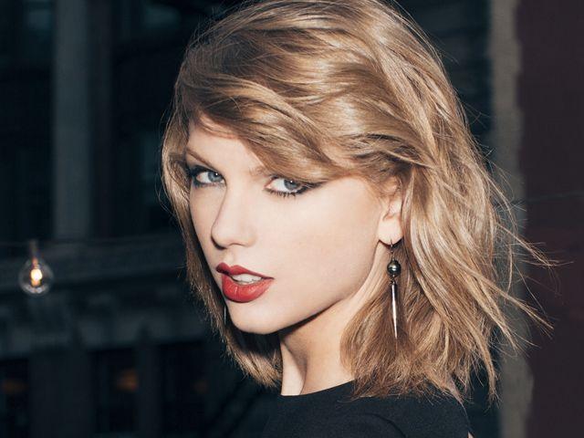 Las canciones de Taylor Swift son un éxito por mil y un razones. Además de tener un ritmo súper pegajoso, las letras parecen que fueron escritas especialme