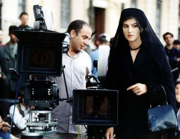Giuseppe Tornatore and Monica Bellucci on the set of Malena @v