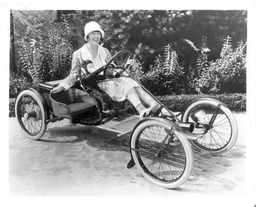 Colleen Moore in an electric car 1929