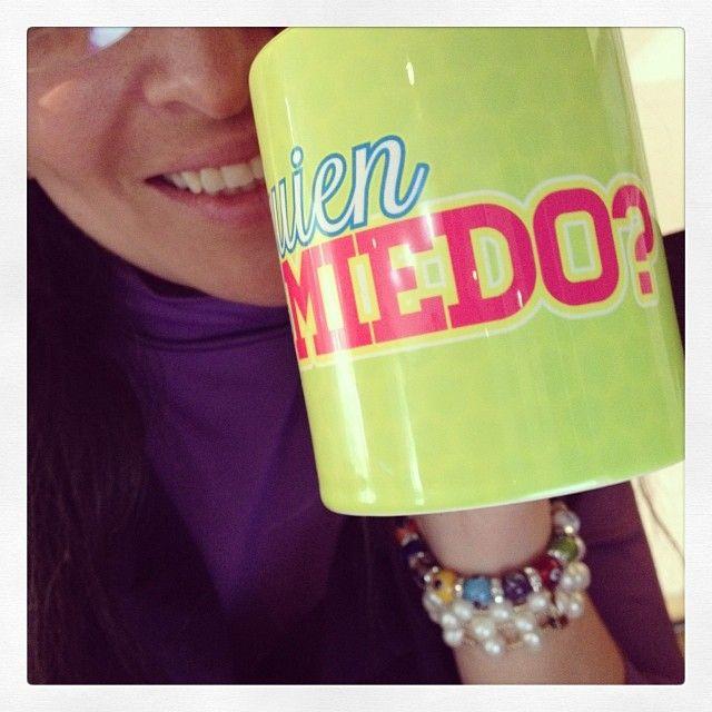 Mi mug de #QuiénDijoMiedo, lo amoooo!!!! :) tu también lo puedes tener, envíos a todo el mundo!!! $23.000 pesos colombianos, pedidos a hola@radiocorchito.com.co