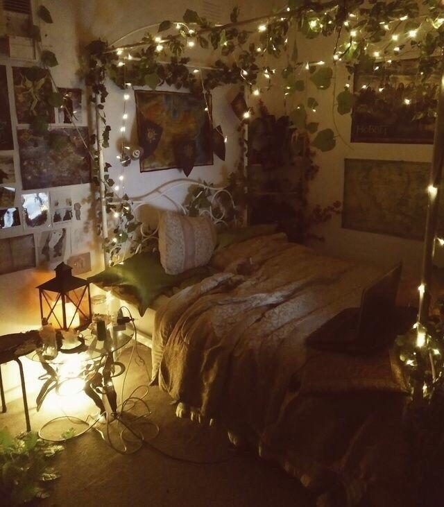 Bohemian Cosy Bedroom Decor Lots Of Houseplants Indoor