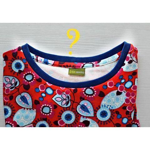Mi método para pulir costura interior en cuellos de camisetas, hoy #enelblog. ¿Tú qué método usas? Enlace en perfil.  #ontheblog today my method to cover the overlocked seams on the neck binding. You know any other? Please, let me know. Link in profile. #sewing #obsessedwithinsides