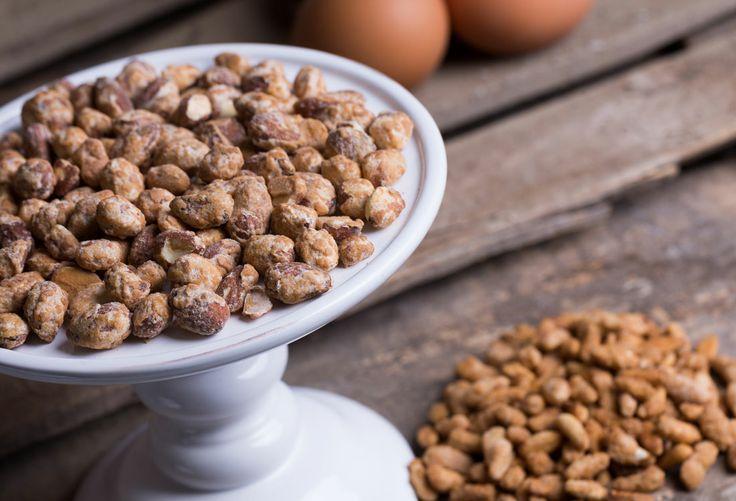 Croccante della nonna: traditional caramel cream with irresistible praline pine nuts and crunchy almonds.