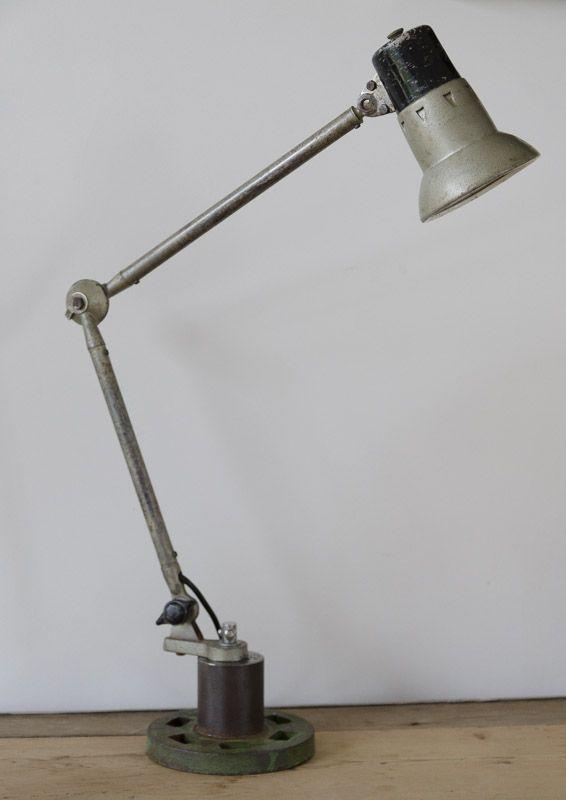 #Lampe d Atelier.  #Brocantedelabruyere.