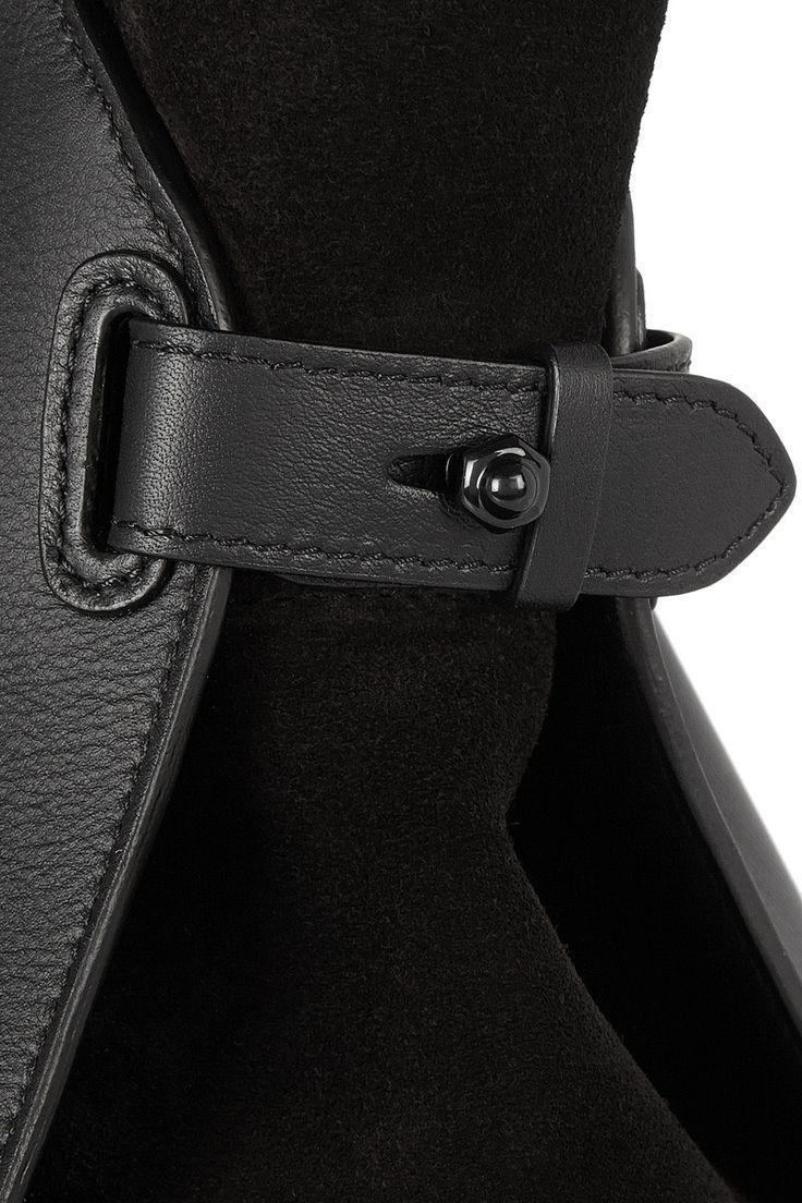 Leather bag details