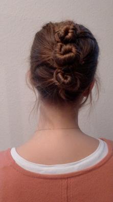 BEAUTY HOW TO: drie kapsels voor nat haar - Beauty school - Beauty - Home - ELLE België