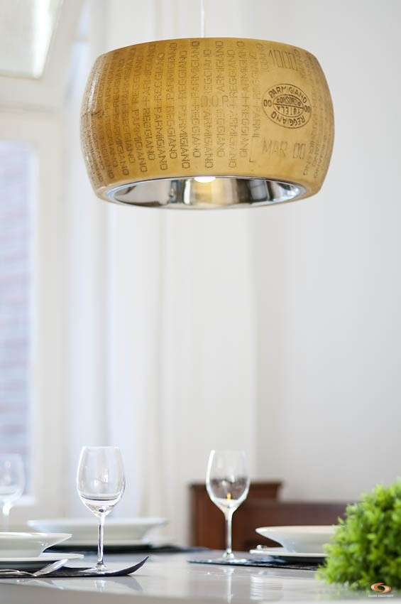 Parmesan Cheese Lamp DLX dsc3455.jpg