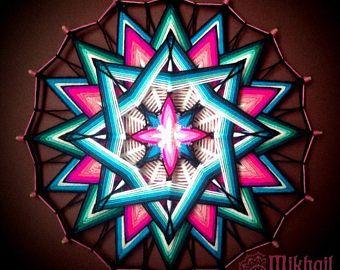 Tissé mandala «PurnaJivita» frais de port fil mandala huichol art ojo de dios fait à la main décor de mur suspendu coloré oeil de Dieu indien