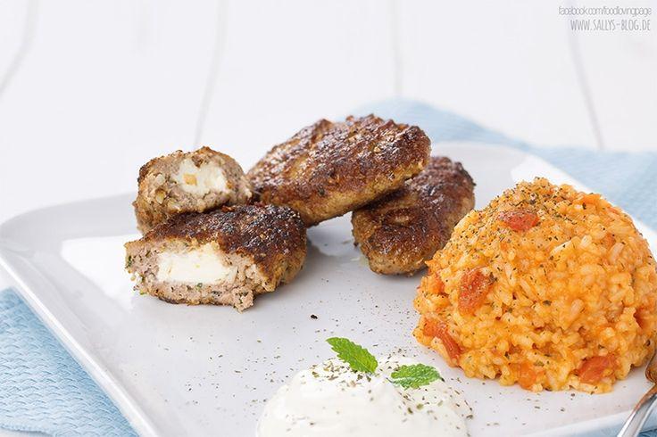 Sallys Blog - Bifteki – griechische Frikadellen mit Schafskäse und Tzatziki