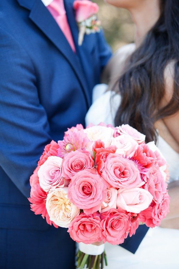 Pink rose bouquet - Navy Blue and Pink Wedding Portraits. Photos by Oana Foto.