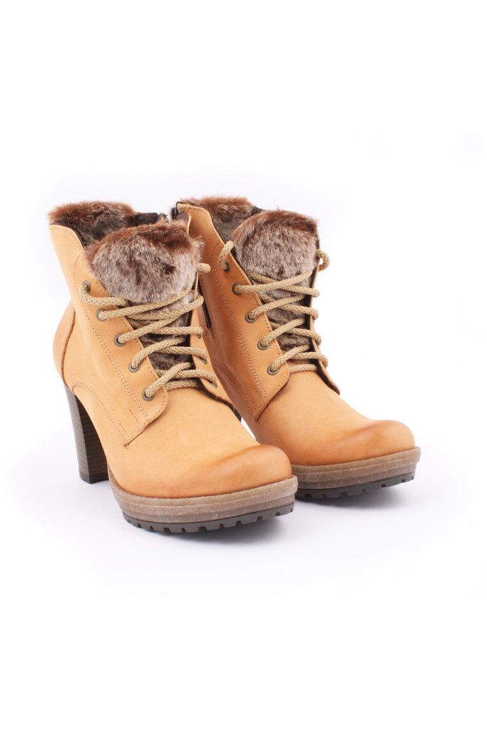 Boots model 46279 Zapato