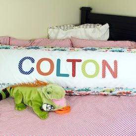 Great tutorial for this adorable body pillow.Great tutorial for this adorable body pillow. cute idea to personalize it with a name too- & 45 best body pillow❤ images on Pinterest | Body pillows Body ... pillowsntoast.com