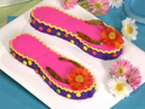 Flip Flop cake for Pool party (How-to Video): Birthdays, Flip Flops Cake, Videos, Cake Ideas, Betty Crocker, Cake Decor, How To, Flops Birthday, Birthday Cakes