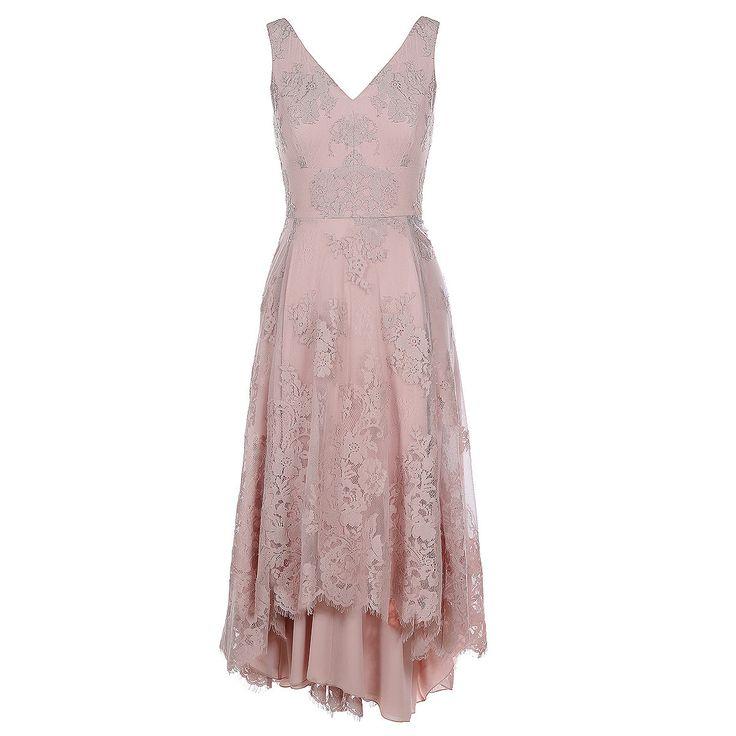 Φόρεμα σε Δαντέλα με Ασύμμετρη Φούστα