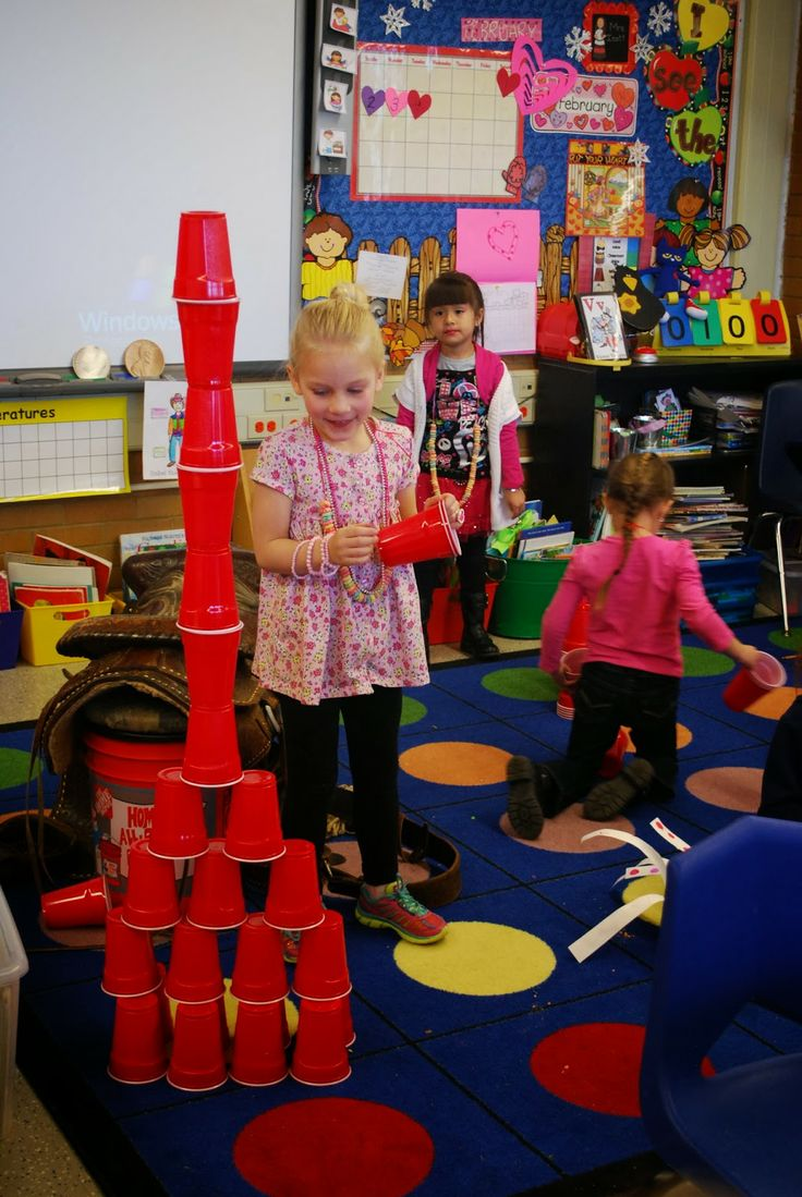 Kinder Kapers: 100 Days of Learning....100 Days of Fun. Building with 100 red solo cups.