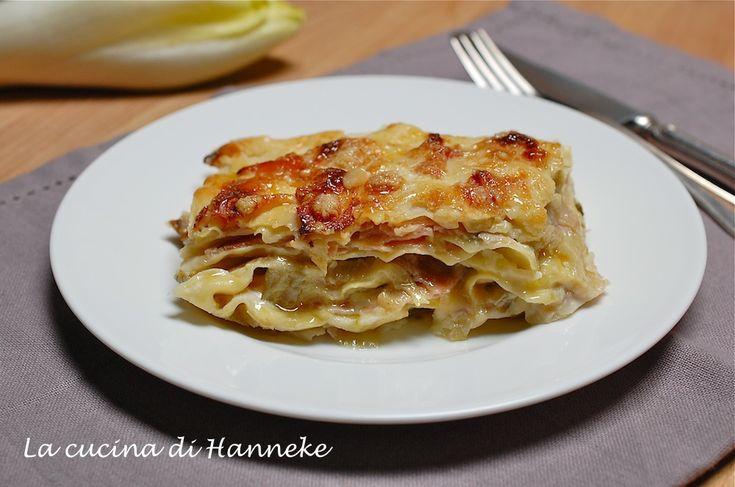 Lasagne con insalata belga e prosciutto