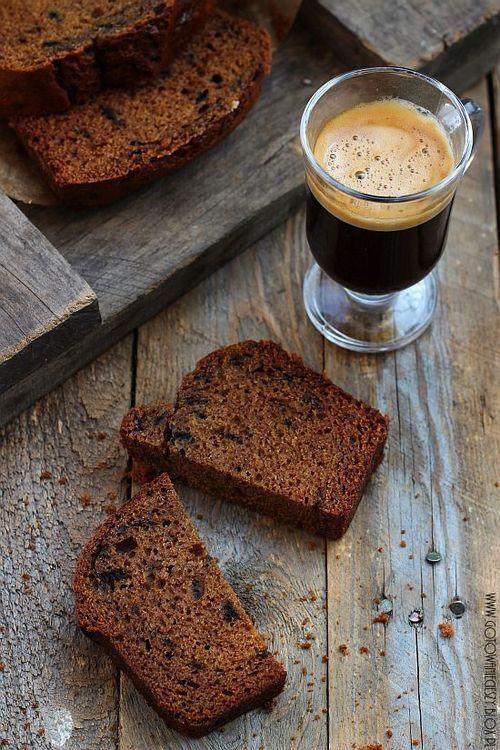 So so good. Try this rich and delightful pumpkin #espresso cake with a shot or Gourmesso. www.gourmesso.com