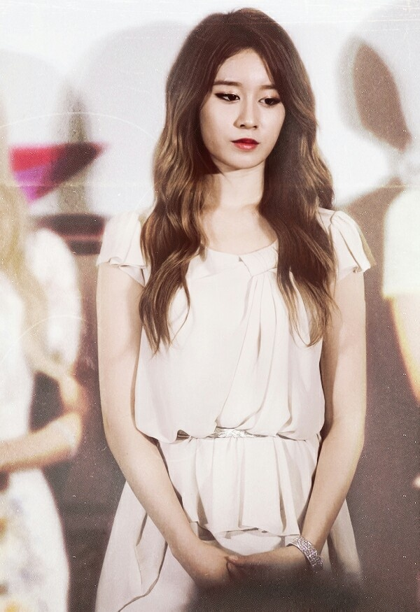 17 Best Images About Park Ji Yeon On Pinterest Her Hair