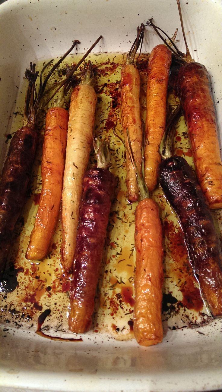 Gegrilde wortelen met honing en tijm
