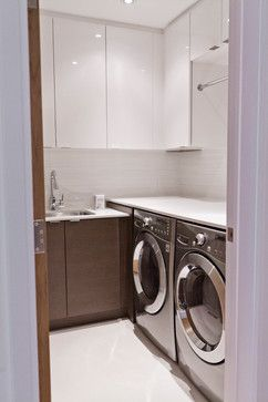 Modernist House - modern - Laundry Room - Toronto - BiglarKinyan Design Planning Inc.