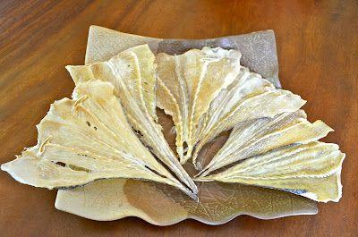 ikan asin pari / dried salty stingray fish